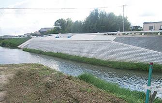 床上浸水対策特別緊急工事(鹿乗川)