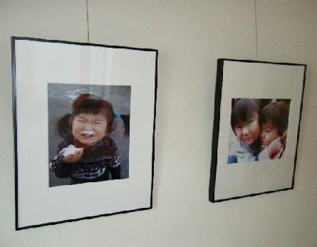 こんな愛らしい写真もあります。<br /> 子供の飾らない無邪気な表情はとてもかわいいですね。